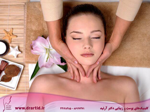 beautiful young girl getting massage neck spa salon 186202 1917 - ماساژ