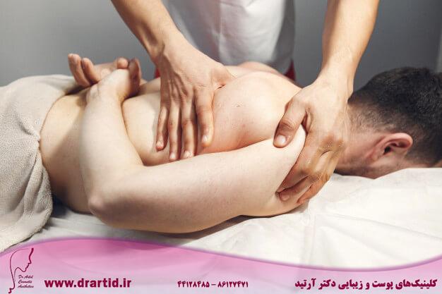 doctor massages man hospital 1157 29303 - ماساژ