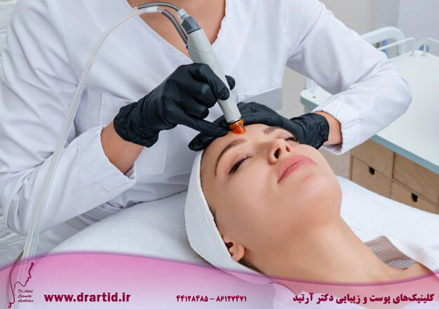 face skin care closeup woman face cleansing cosmetology clinic vacuum cleaning 130111 1895 - مراقبت پوستی