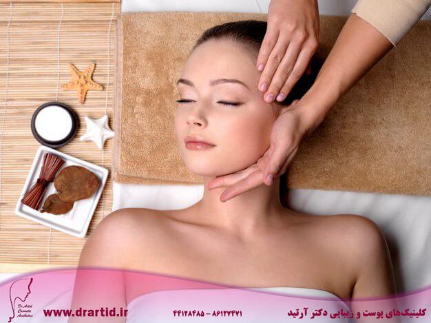 pampering massage beautiful face young woman spa salon 186202 1918 - ماساژ