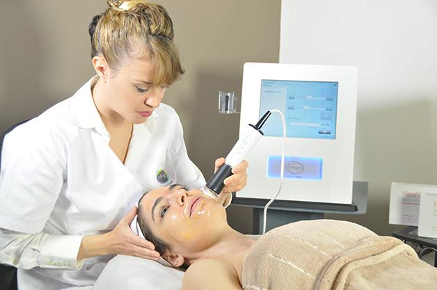 NeoBright treatment 1 - دوره آموزشی پلاژن تراپی