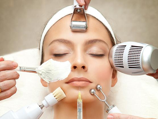 Treatment Options for Facial Scars 732x549 thumbnail 1 - دوره آموزشی کار با دستگاههای فشیال چند کاره