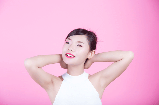 girl raised armpit up1 - مقالات